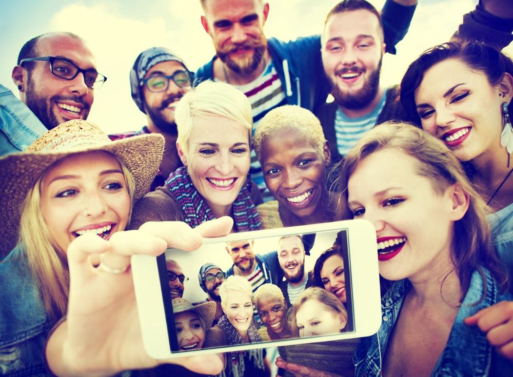 Snapchat Group Selfie